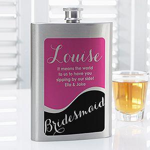 Great Bridesmaid Gift idea! This bridesmaid flask is so cute and it comes in all different colors! You can personalize it to say anything you want with any name or title! #bridesmaid #bridesmaidgift #flask #wedding