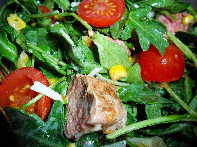 Steak Salad with Horseradish Vinaigrette | Devour This | Pinterest