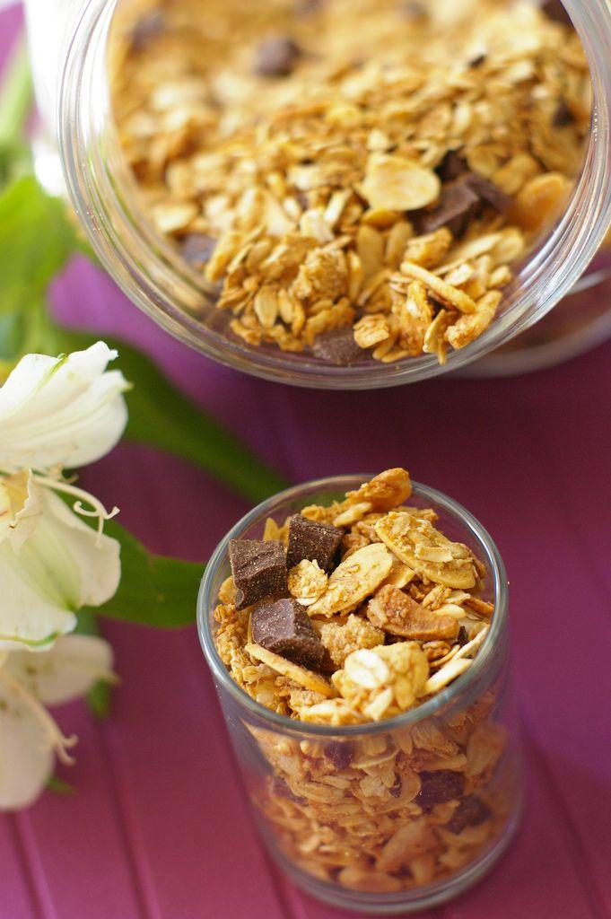Dark chocolate almond granola | Food - Tried and True | Pinterest