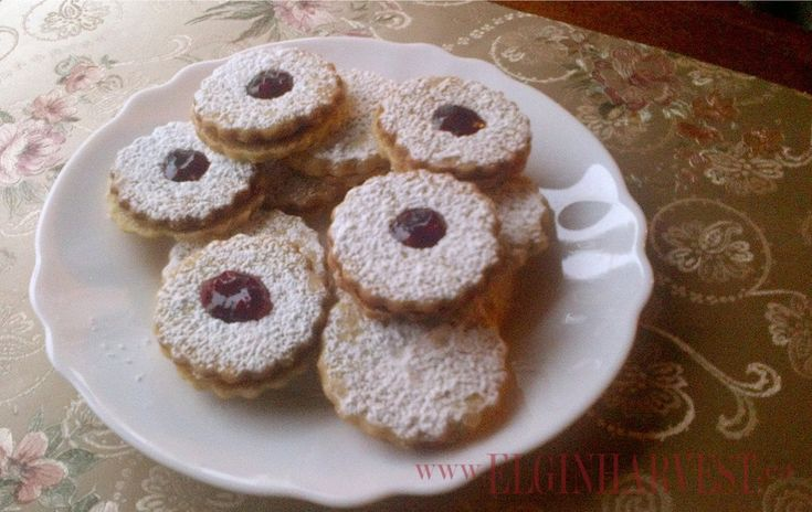 Chewy Almond-Raspberry Sandwich Cookies Recipe — Dishmaps