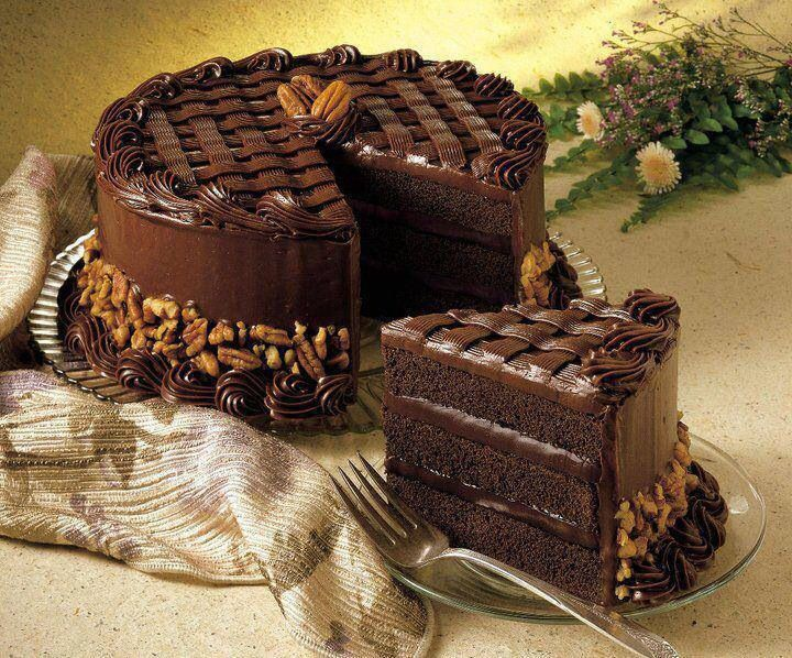 Luscious chocolate cake | NICE PICTURES | Pinterest