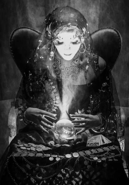 gypsy fortune teller crystal ball