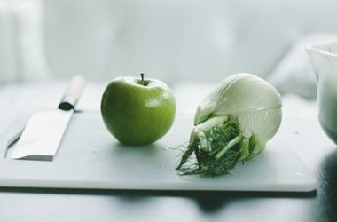 Fennel and Apple Salad with Toasted Fennel Seed Vinaigrette ...
