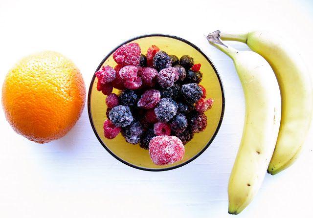 Orange Banana Berry Smoothie