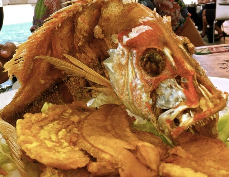 Fried Red Snapper with Tostones | Puerto Rico - Images, Wallpapers, A ...