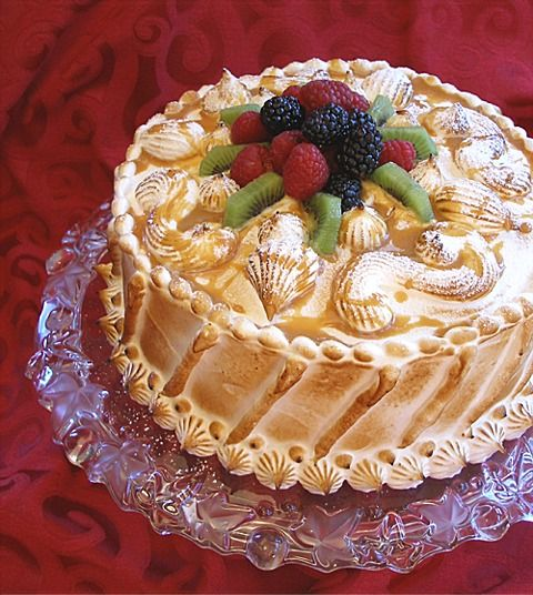... based on one of my favorite cakes, EVER, La Duni's Cuatro Leches cake
