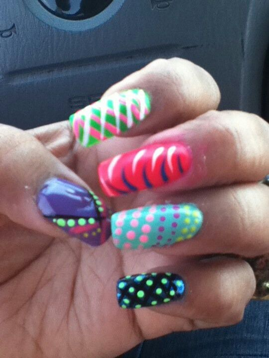 ... the colors & designs w/Acylic Paint   Nail Designs gone Wild   Pint