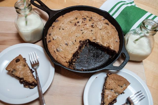 skillet-baked chocolate chip cookie | Marin Mama Cooks I am doing this ...
