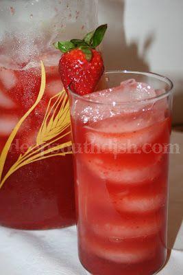 Southern Strawberry Sweet Iced Tea - Fabulous southern sweet tea infused with strawberry!