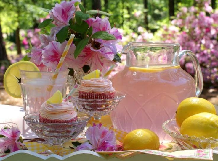 Old Fashioned Pink Lemonade recipe | Roslyn's 1st B-day Ideas | Pinte ...