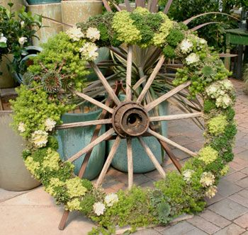 wheel topiary