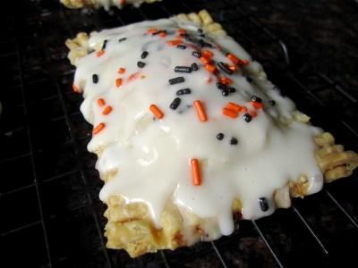 Pumpkin Pie Pop-Tarts with Maple Glaze   What About Breakfast at Tiff ...