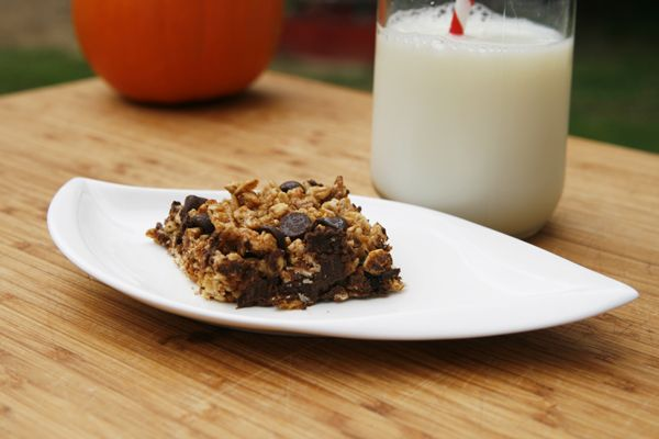 Easy Chewy Pumpkin Chocolate Chip Granola Bars