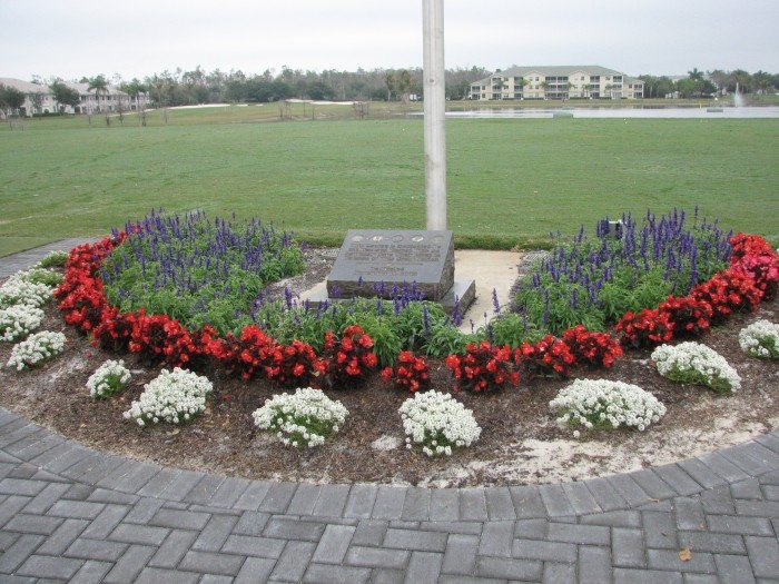 Low maintenance flower beds 28 images how to design a for Low maintenance flower bed plans