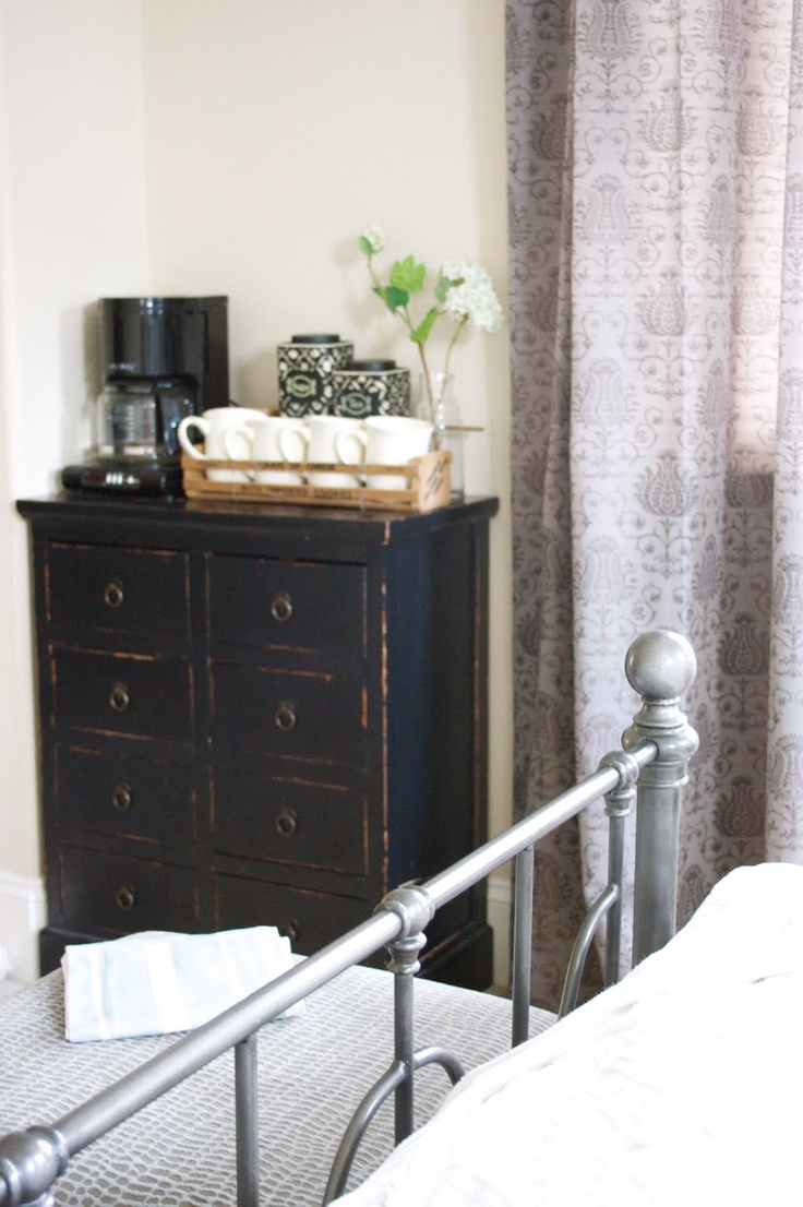 Coffee Maker In Master Bedroom : Coffee Bar in the Guest Bedroom Home Pinterest