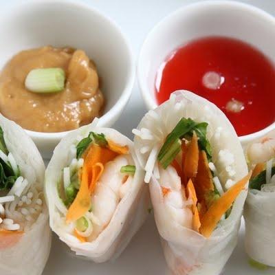 ShowFood Chef: Jasmine Tea Poached Shrimp Summer Rolls