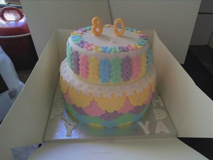 Pastel flower layer cake | Mine | Pinterest