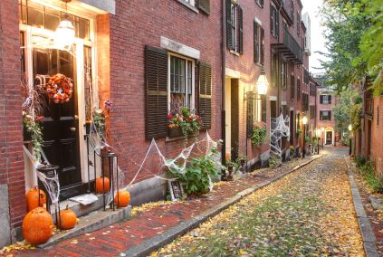 Salem massachusetts halloween halloween pinterest - Decoration maison halloween ...