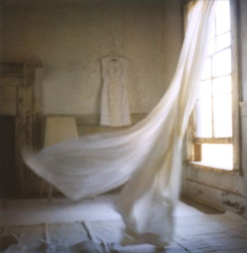 Curtains blowing in the breeze windows to the soul for White curtains wind