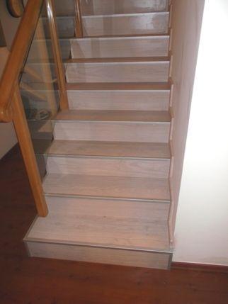 Laminate flooring and stairs in Tel Aviv   ריצוף פרקט למינציה ומדרגות  יורם פרקט מכירה והתקנה טל: 050-9911998 https://sites.google.com/site/yoramparcet/