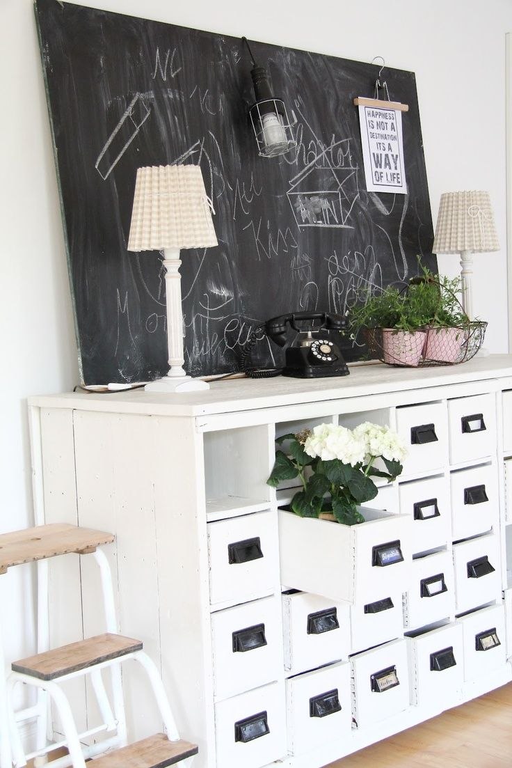 villa vanilla wohnzimmer:Pin by ~ Craftlover ~ on Country Cottage Living