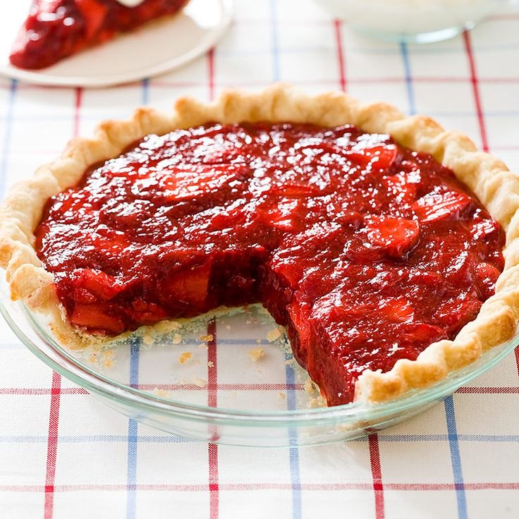 Cook's Country Strawberry Icebox Pie | Don't mind if I do | Pinterest