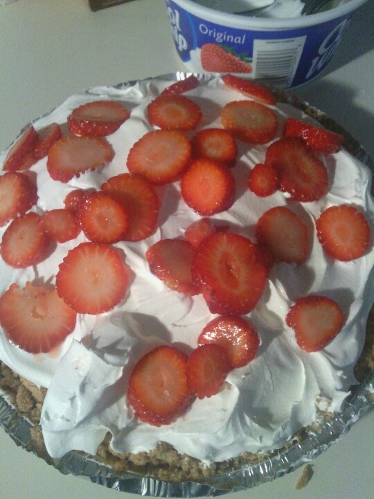 Strawberry Icebox Pie | Yummy in the Tummy | Pinterest