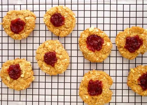 pb&j potato chip thumbprint cookies | something sweet | Pinterest