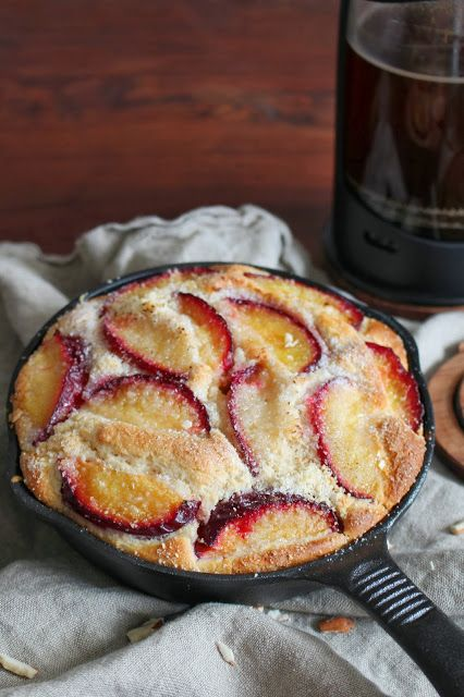 Roasted Plum and Almond Skillet Cake | Cakes | Pinterest