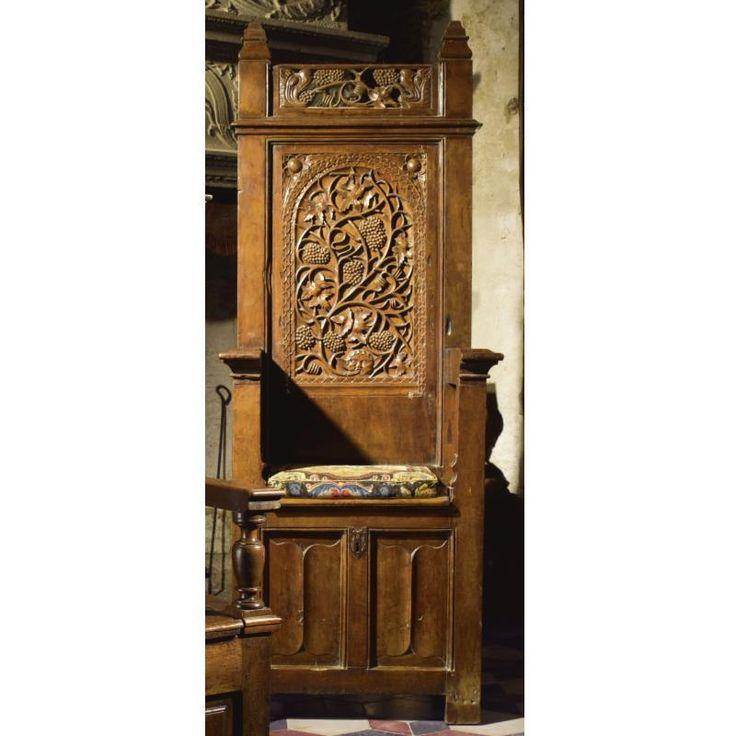 Мебель в средневековом стиле своими руками 73
