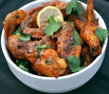 Spicy Sriracha Chicken Wings | RECIPES | Pinterest