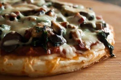 Spinach, Mushroom & Bacon Pizza | Yummy FOOD | Pinterest