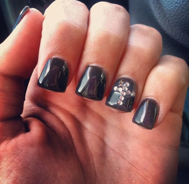 Acrylic Nail Designs With Crosses: #acrylics #black #nails #cross