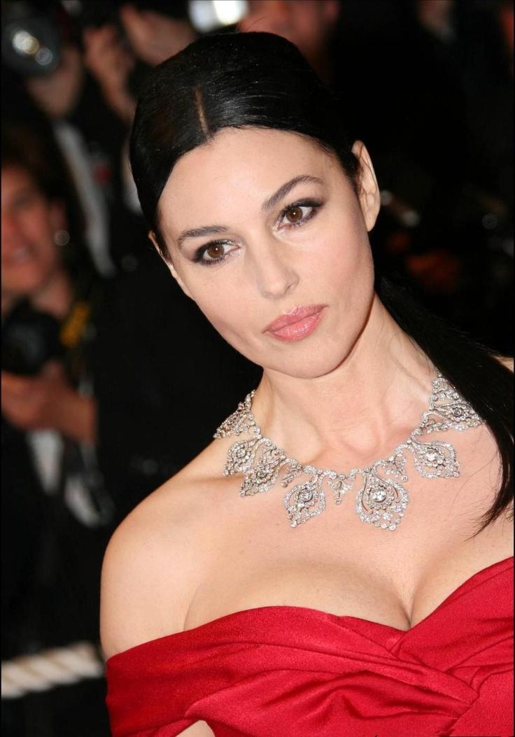 Beautiful! Monica Bellucci!   Sexiness   Pinterest Monica Bellucci