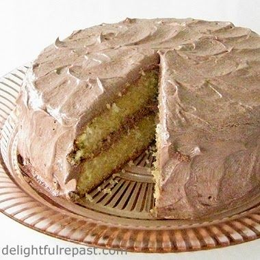 Best One-Bowl Yellow Cake / www.delightfulrepast.com