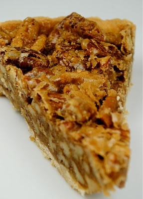 maple pecan tart....pretty sure this is what i'm gonna have to make ...