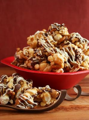 Perfect last minute Christmas holiday snack and gift -- Fancy Caramel Popcorn.  So easy to make!