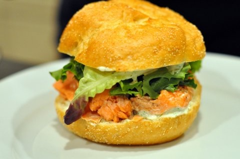Grilled Salmon Sandwich   Tasty Treats   Pinterest
