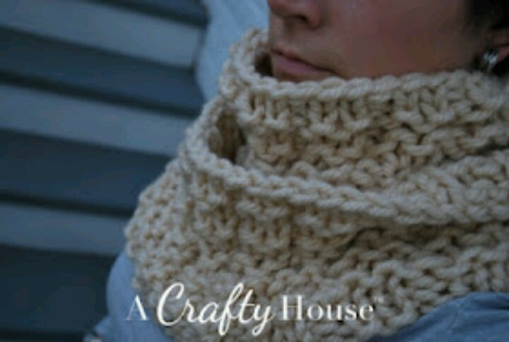 Easy Knitting Pattern For An Infinity Scarf : Infinity scarf knitting pattern Craft Ideas Pinterest