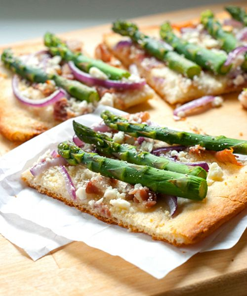 Red Shallot Kitchen: Asparagus Flatbread Pizza with Serrano Ham, Onion ...