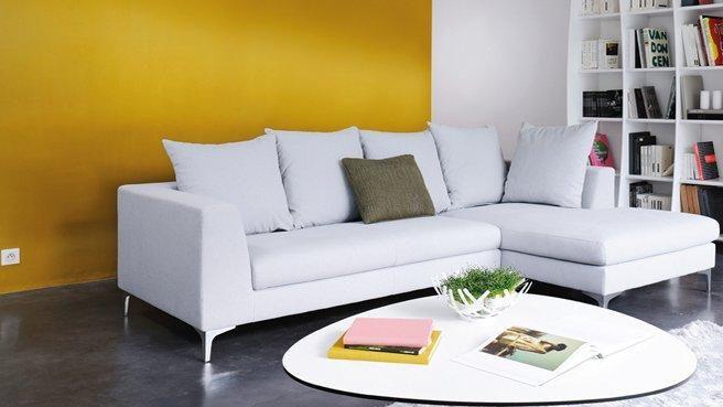 mur jaune moutarde sejours pinterest. Black Bedroom Furniture Sets. Home Design Ideas