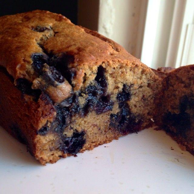 vegan whole wheat blueberry banana bread | Buon Apetito | Pinterest