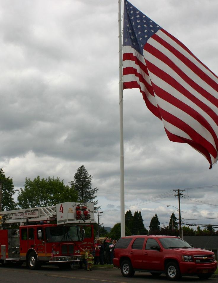 memorial day flag raising ceremony