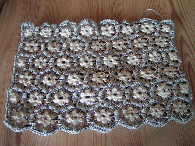 Crocheting With Pop Tabs : Pop tabs crochet bag DIY POP CAN TAB CRAFTS Pinterest