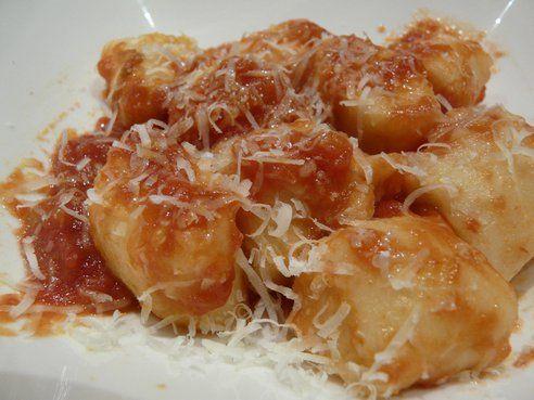 Classic Gnocchi with Tomato Sauce #vegetarian #recipe   Inspiration ...