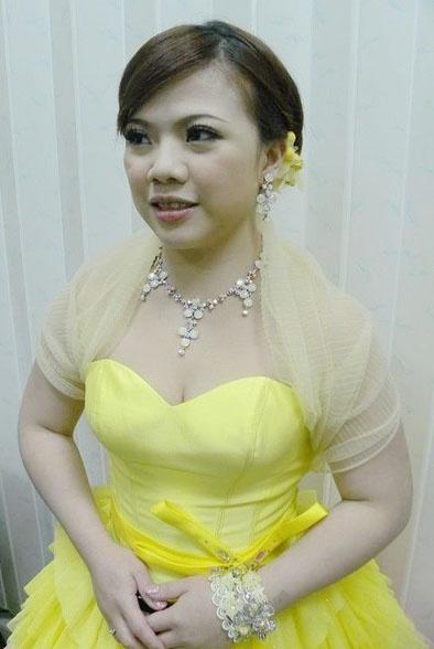 Bridal hairstyle yellow wedding dress 韓系優雅甜美編髮