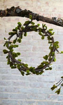 Mistletoe Garland by Plumo