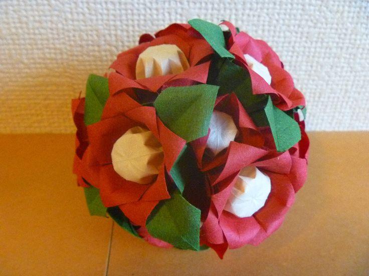 すべての折り紙 折り紙でお正月 : Kusudama tsubaki | M's Origami Favorites ...