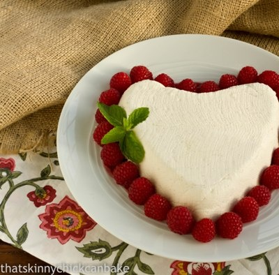 Coeur a la Creme for your Valentine: http://www.thatskinnychickcanbake ...