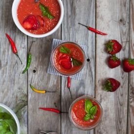 Simple Spicy Strawberry Gazpacho | I Eat. We Eat. They Eat. | Pintere ...